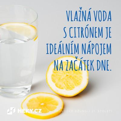 heky-vychytavky-vlazna-voda-s-citronem-rano