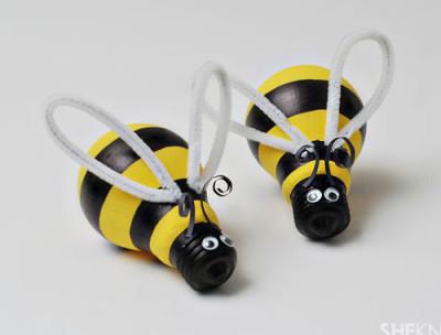 heky-žárovka včela