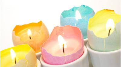 Vyrobte si svíčku do skořápky od vajíčka.